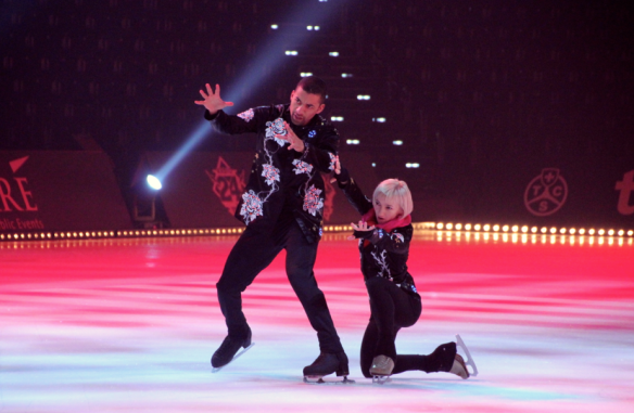 World Champion Ice Skaters Aljona Savachenko and Robin Szolkowy